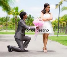 pareja por destino